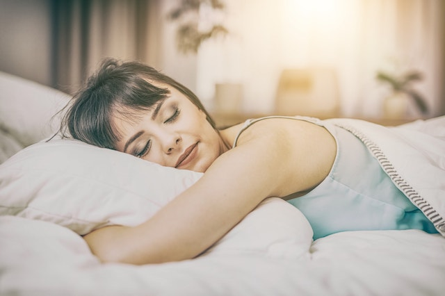 Sleep & Weight Gain: What's The Relationship Between Them?