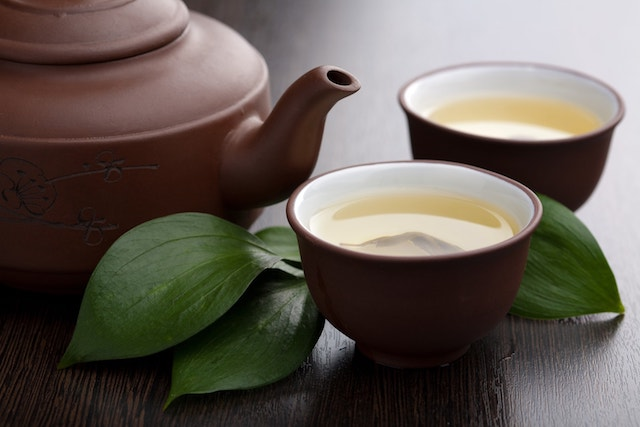 Does Drinking Green Tea Help You Lose Weight?