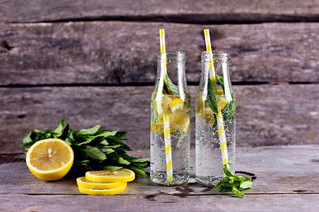 Why a Glass of Lemon Water Every Morning Is Important
